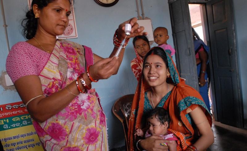 Children vaccination in India