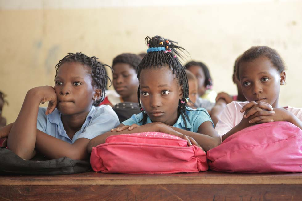 Girls at school in Manhiça (Mozambique)